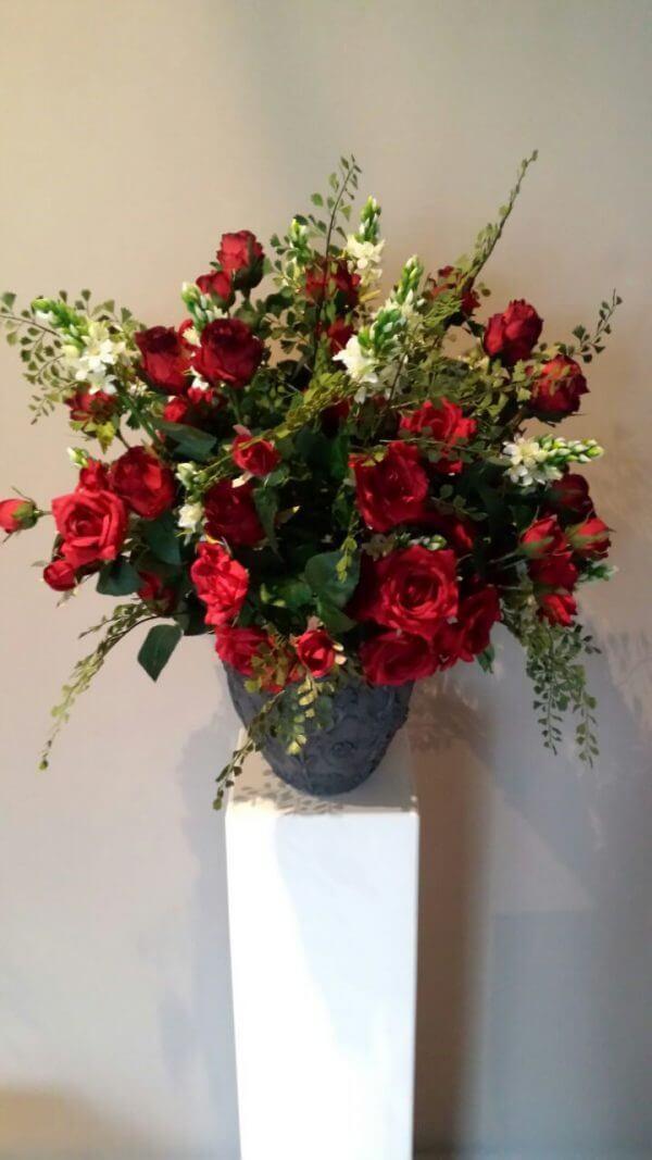 Bos zijden rode rozen