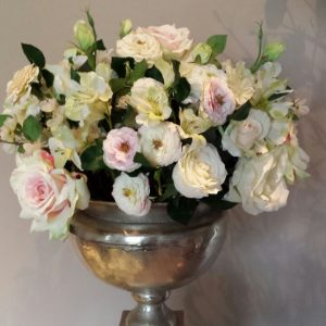 Zijden bloemstuk classy
